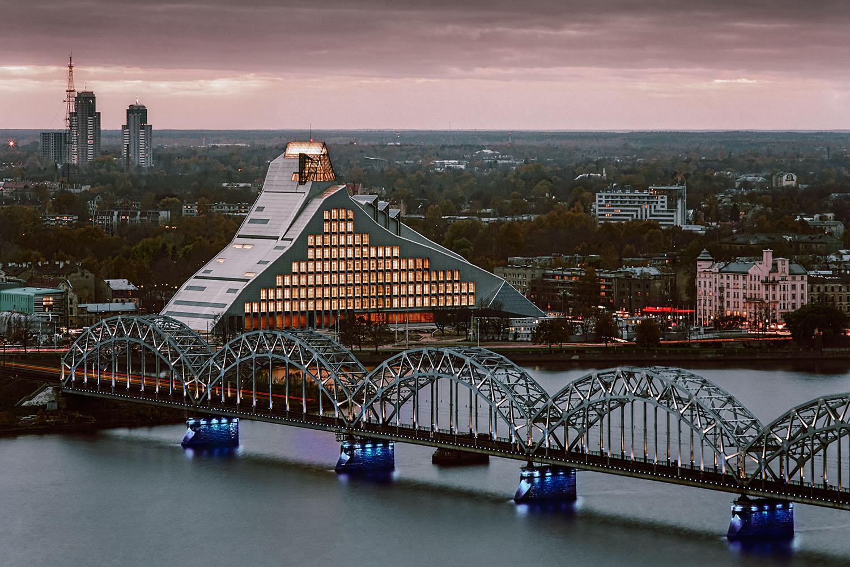 Riga_ulusal_kutuphanesi